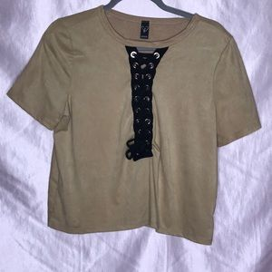 Suade T-shirt with cut out strings
